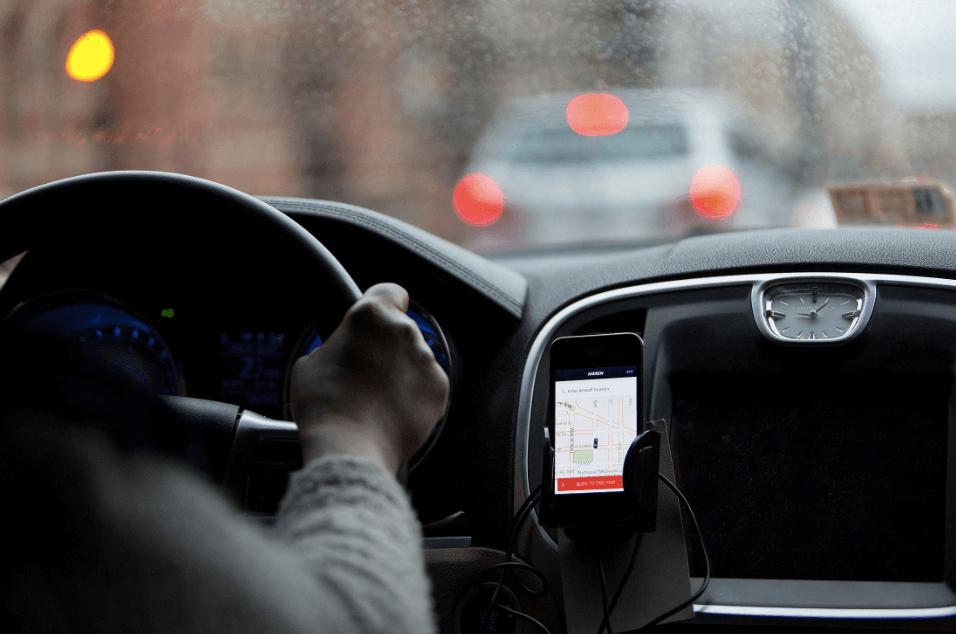 car rental mobile apps development